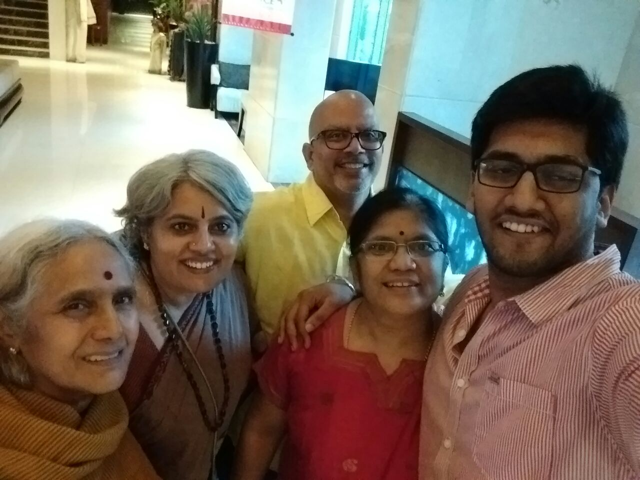 We put Revanth's height to good use and made him take a selfie with all five of us :) Amma, me, Krishnan, Siru and Revanth.
