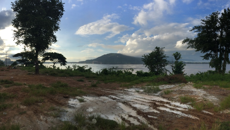 The stunning river front. This is the Se Don river and Pakse is at the point where Se Don and Mekong meet.